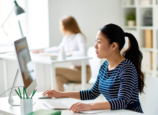 Institute employee creating a mentorship profile via the computer