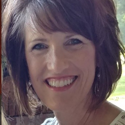 Headshot of Lynn Dobry