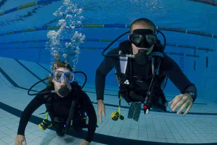 Scuba Diver 1 Introduction To Open Water Diving Gtpe